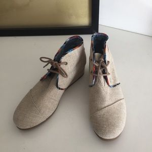 Toms Beige Canvas Wedge Lace Up Booties